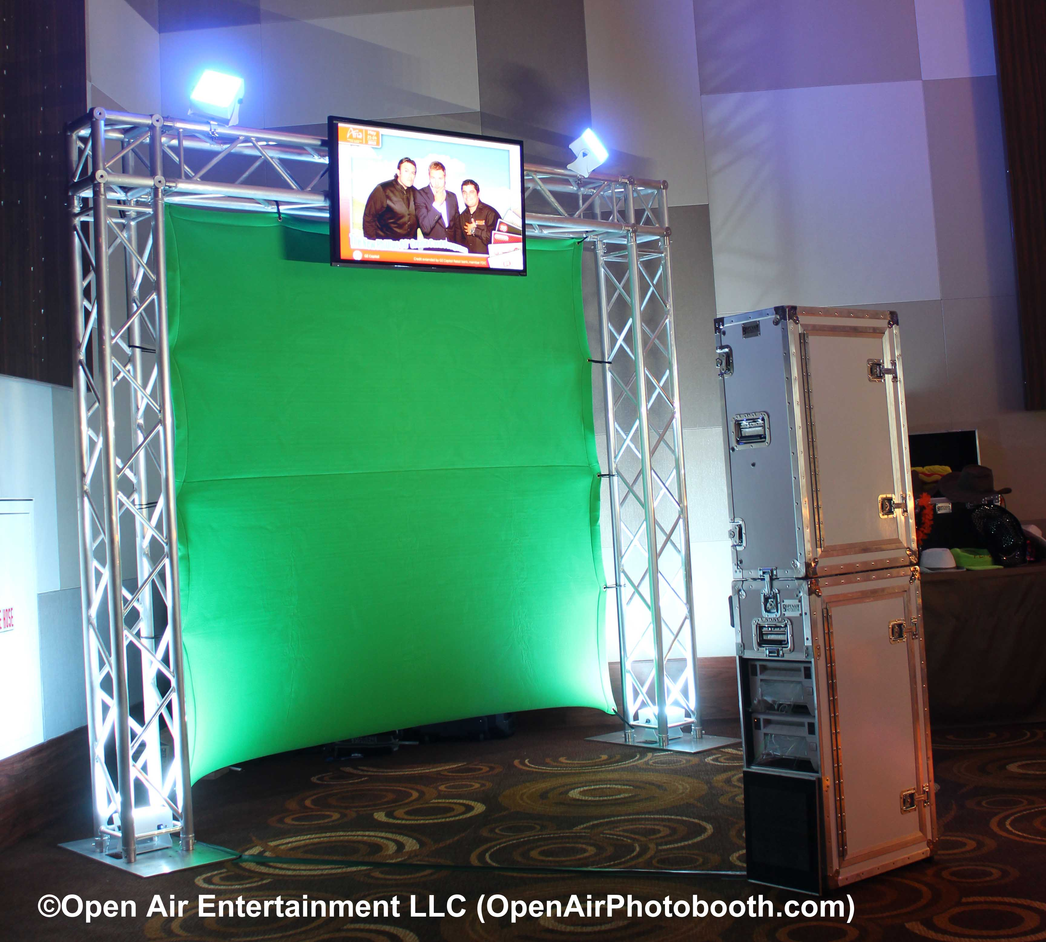 Open Air Photobooth - Green Screen